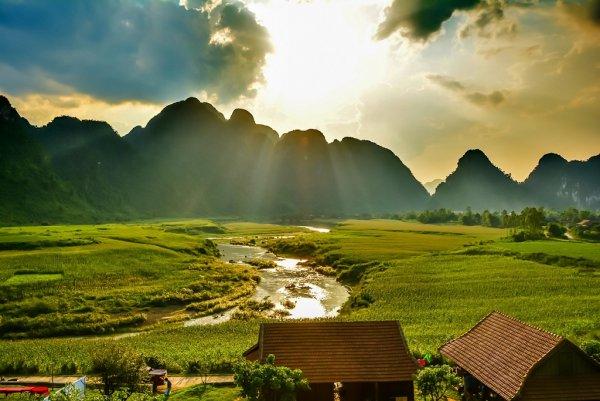 VỀ QUẢNG BÌNH XEM PHIM KONG: SKULL ISLAND CÓ GÌ HOT?