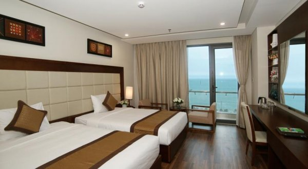 Khách sạn Grand Sea